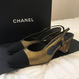 Chanel gold and black slingbacks! Eur size 39.